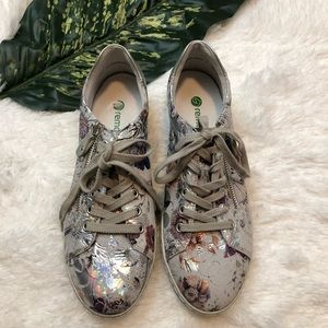 Remonte Soft Women's Lace up Sneakers Floral Sz 40